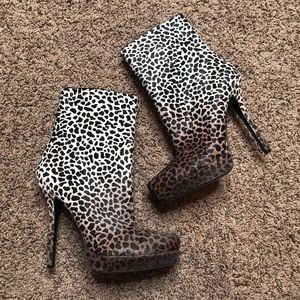 NWOB Gucci Cheetah Calf Hair Boots